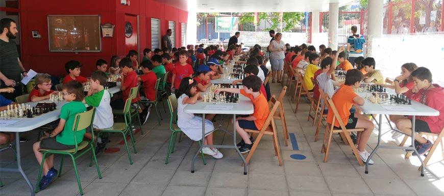 VIII Torneo Ajedrez en la Calle Club De Ajedrez MARIE CURIE
